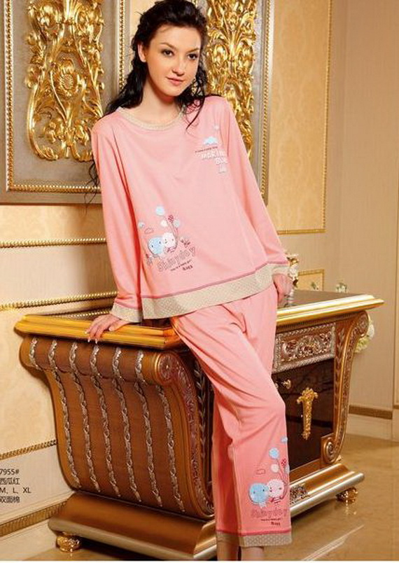 زیباترین مدل های لباس خواب زنانه و مردانه..!