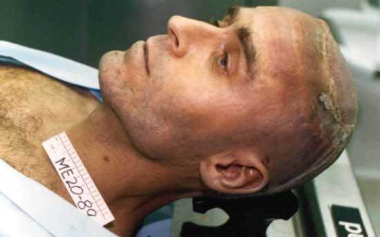 مردی که به زن های مرده تجاوز می کرد (عکس)
