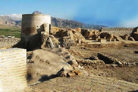 قلعه تل تاریخی و تماشایی (عکس)