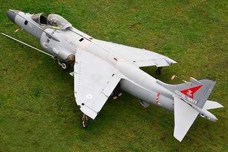 عجیب ترین نوع ساخت یک جنگنده (عکس)