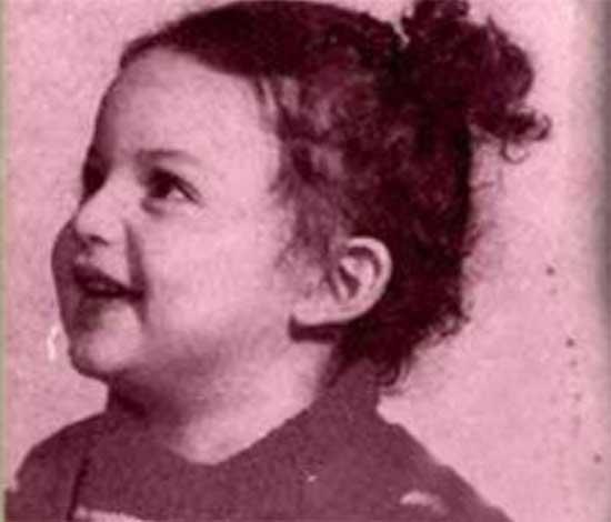 شیلا خداداد در دوران طفولیت (عکس)