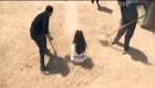 سنگسار زن بیچاره بخاطر عقاید پوسیده  (18+)