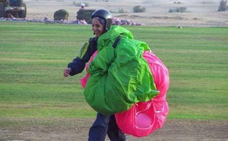 عکس های دیدنی از دختر پرنده ایرانی