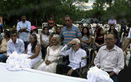 جشن عروسی کاملا متفاوت (عکس)