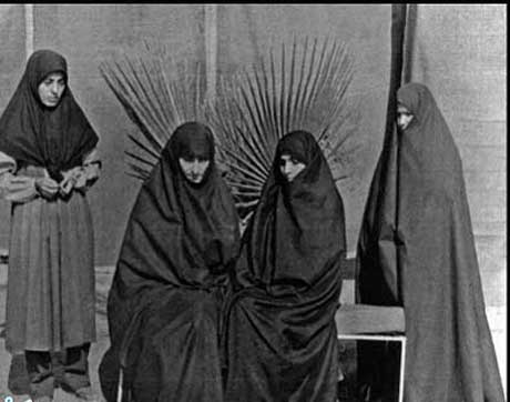 برگشت پر افتخار بانوی ایرانی از اسارت چندین ساله (عکس)