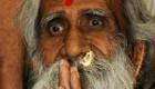 مردی که 70 سال است رنگ آب را ندیده (عکس)