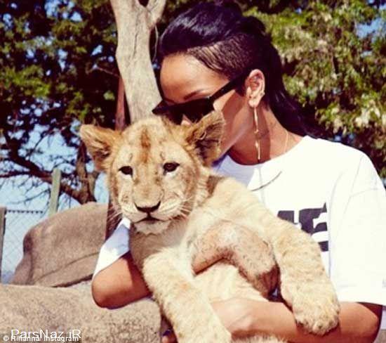 عکس های جدید ریحانا در کنار حیوانات وحشی آفریقا