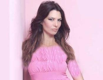 مدل مشهور که جانش را فدای عمل زیبایی کرد (عکس)