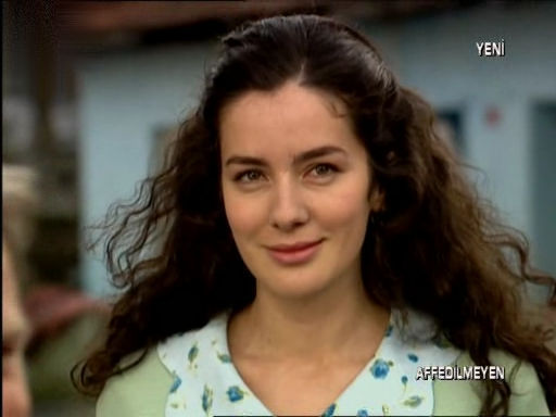 بیوگرافی و عکس فاطمه در سریال دیلا خانم