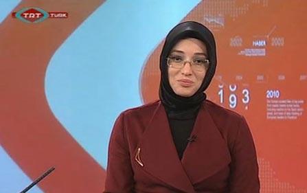 نخستین مجری با حجاب در تلویزیون ترکیه! (عکس)