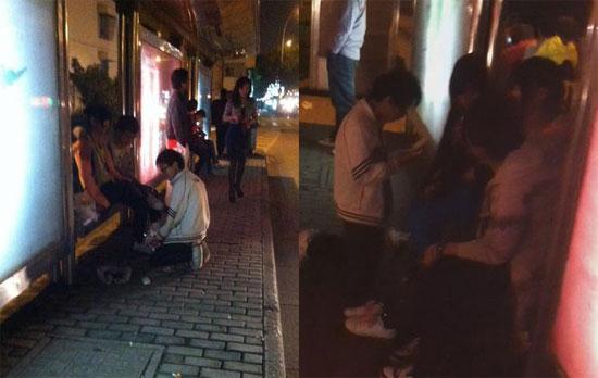 خواستگاری به روش دانش آموز ابتدایی در ایستگاه اتوبوس