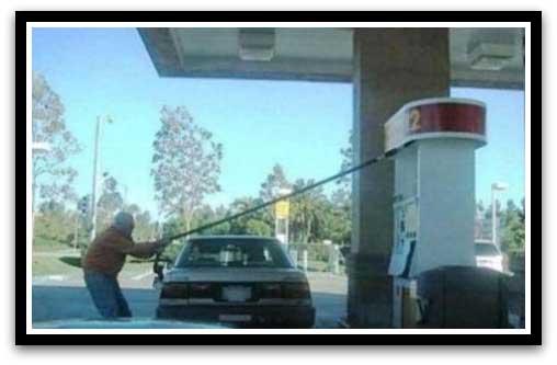 عکس های خنده دار از کارهای احمق ترین افراد جهان