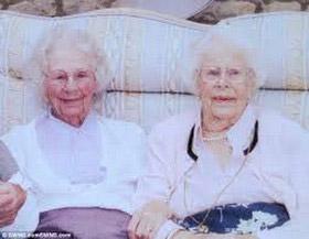 خواهرهای رکوددار گینس فوت شدند(عکس)