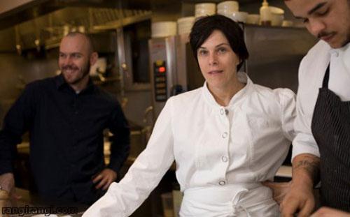 زنی بوکسور که یک آشپز حرفه ای شد!+ عکس
