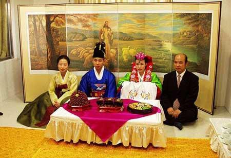 رسم های جالب و عجیب عروسی در کره جنوبی