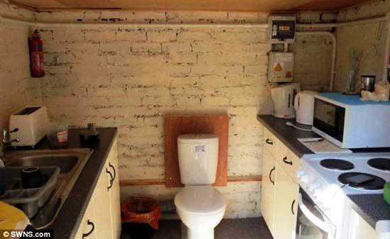 عجیب و خنده دارترین دستشویی در جهان + عکس