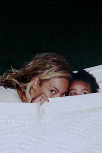 عکس از بیانسه و دخترش خواننده مشهور دنیا