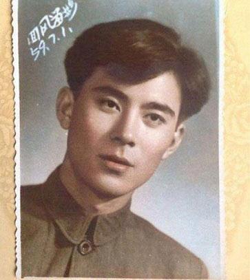 این مانکن زیبا و جذاب چینی یک مرد است +(عکس)