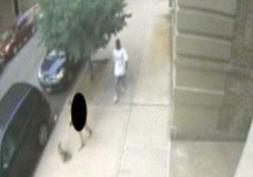 تجاوز به خانم باردار در کنار خیابان! (عکس)