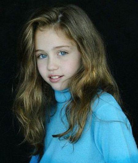 عکس های کودکی مایلی سایرس خواننده مشهور هالیوود