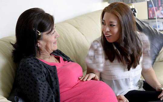 این مادر حاضر شد به جای دخترش باردار شود (+عکس)