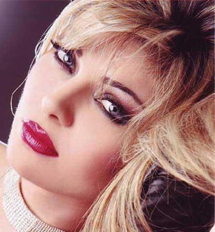 پشتیبانی این مدل زیبای لبنانی از سید حسن نصرالله (عکس)