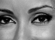 آموزش تصویری برطرف کردن عیب چشم و ابرو