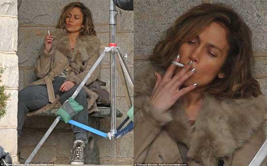 سوژه شدن سیگار کشیدن جنیفر لوپز در رسانه ها + عکس