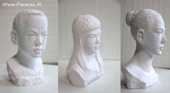 مردی هنرمند در نمایشگاه مجسمه های کشدار در نیویورک