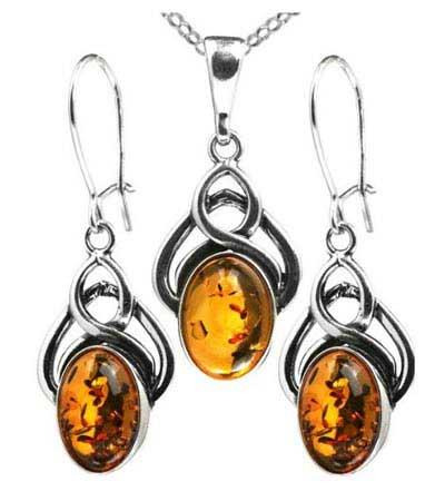 مدل زیبای جواهرات کهربایی! + عکس