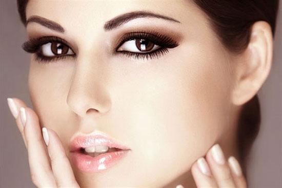 آموزش آرایش چشم با لب!