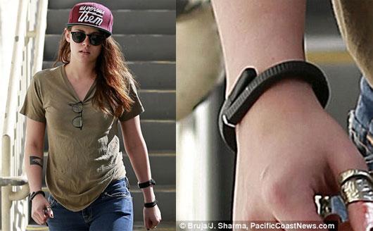 دستبند هوشمند کریستین استوارت خانم بازیگر (عکس)