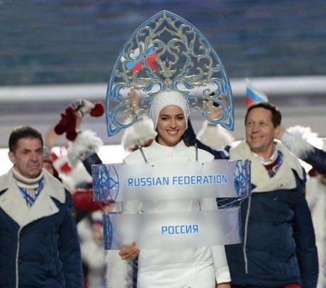 نامزد زیبای کریس رونالدو در المپیک سوچی! (عکس)