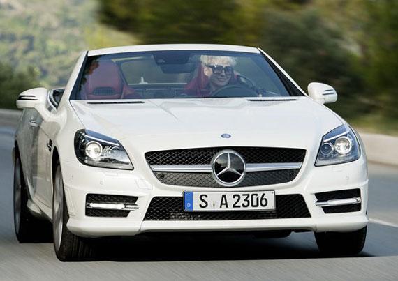 عملکرد چند اتومبیل معروف در عدم برخورد با موانع +عکس