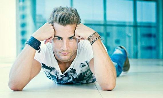 این مرد زیباترین پسر اسپانیا شد (عکس)