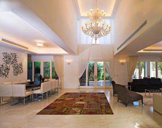 با پرده های بلند دکوراسیون خانه را زیباتر کنیم؟ +عکس