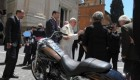 حراج موتورسیکلت پاپ در شهر پاریس (+عکس)