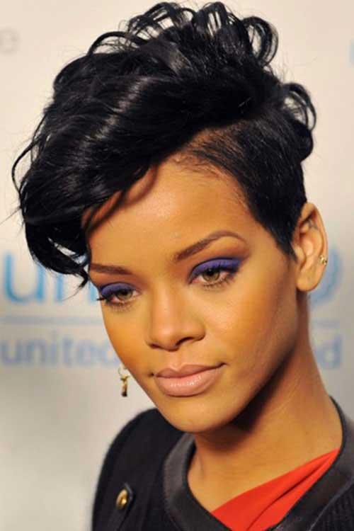 مدل موهای ریحانا خواننده معروف جهان