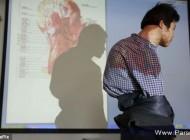 این مرد چینی با بدن بسیار عجیب (عکس)
