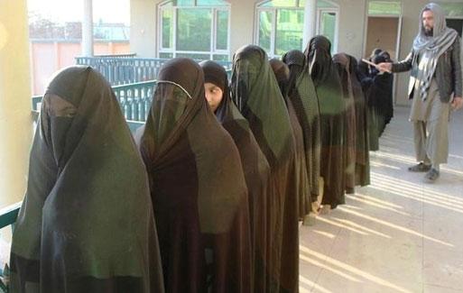 فقط این دختران در جهان کافر هستند +(عکس)