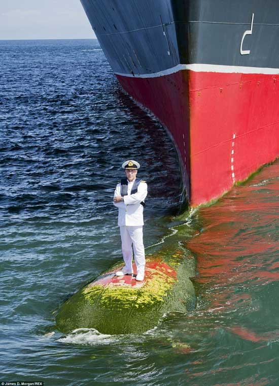 بزرگترین و غول پیکرترین کشتی جهان (عکس)