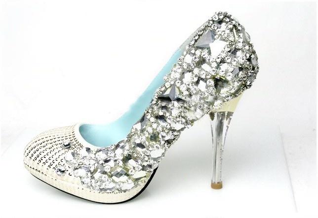 مدل کفش گل دار عروس سری جدید