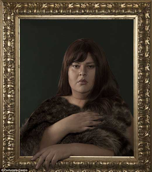 عکسهای زننده دانشجوی دکترا از مادر جوان خود (عکس)