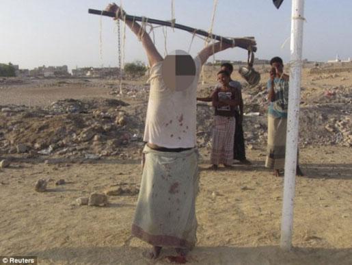 القاعده برای آمریکا خط و نشان کشید! (عکس)