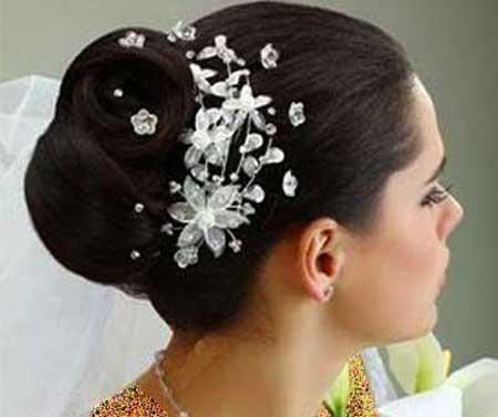 آرایش عروس را چگونه به زیباترین شکل انجام دهیم؟