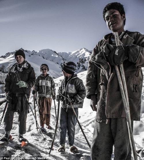 دختران افغان در حال اسکی+عکس