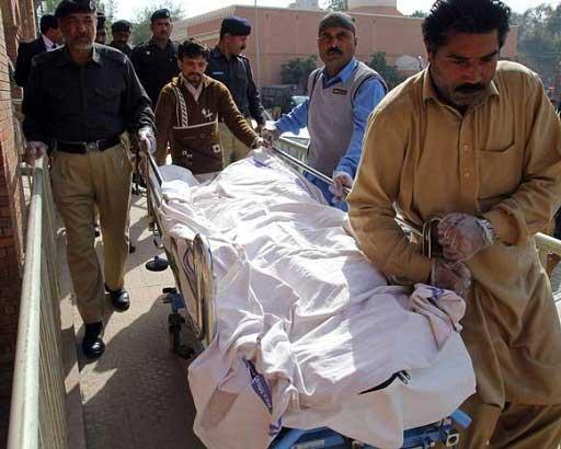 اعتراض مرگبار یک دختر به تجاوز گروهی در پاکستان (عکس)