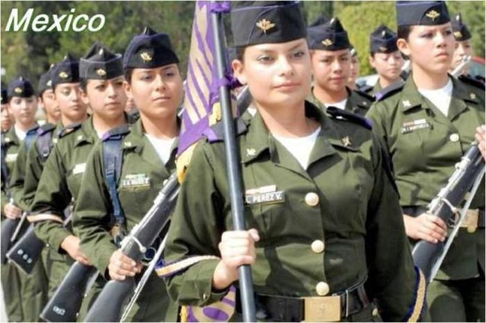 عکسهای زنان نظامی کشورهای مختلف جهان