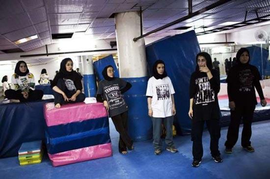 عکس های جدید از دختران پارکور در آسمان تهران