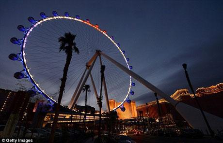 بلندترین چرخ وفلک در جهان +عکس